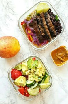 This is the best time to detox! Learn how to detox without starving and join our Free Detox Challenge. foods / weightloss / detox / cleanse / diet / smoothies / water / recipes / meal prep / grocery shopping list