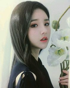 a heejin le gusta oír a su gatita hyunjin maullar🍰 # Fanfic # amreading # books # wattpad Kpop Girl Groups, Korean Girl Groups, Kpop Girls, Mean Girls, Cute Girls, Cool Girl, Sooyoung, Girl Group Pictures, Bts Kim