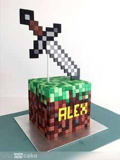 Your Cake. Minecraft Torte, Minecraft Pasta, Minecraft Birthday Cake, Invitations Minecraft, Neon Party Invitations, Cupcakes, Cupcake Cakes, Pastel Minecraft, Mindcraft Cakes