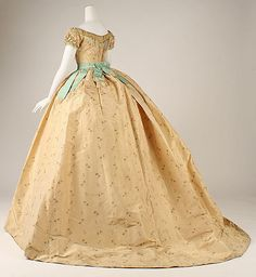 Floral silk ball gown with pale blue silk belt (back), French, ca. 1867.