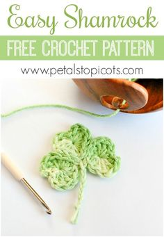 A sweet little shamrock crochet pattern that you will {heart}! This Easy Shamrock Crochet Pattern works up so quickly and can be done with the small amounts of leftover yarn you have laying around. #petalstopicots