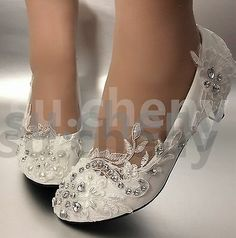 hochzeitsschuhe elfenbein Picture 3 of 12 ivory wedding shoes Picture 3 of 12 Best Bridal Shoes, Bridal Flats, High Heel Pumps, Pumps Heels, Tiffany Blue Heels, Wedding Boots, Wedding White, Trendy Wedding, Floral Wedding