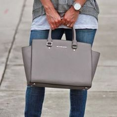 Authentic Michael Kors Large Grey Selma Satchel
