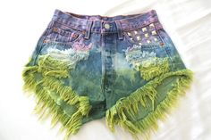 Destroyed 2-Tone Tie Dyed LEVIS Studded Vintage Denim Shorts XS