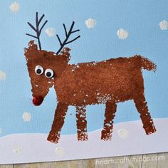 I HEART CRAFTY THINGS: Sponge Painted (with shapes) Reindeer Craft for Kids