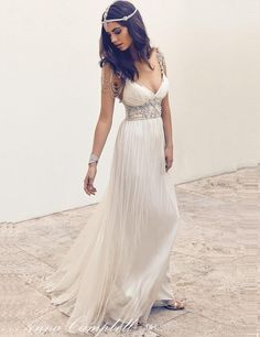 Anna Campbell Bohemian Wedding Dresses Spaghetti Straps Delicate Beaded Sexy V Neck Chiffon Backless Boho Bridal Gowns Wedding Dresses 2011 Wedding Dresses Best From Angellove_dressesnew, $124.13| Dhgate.Com