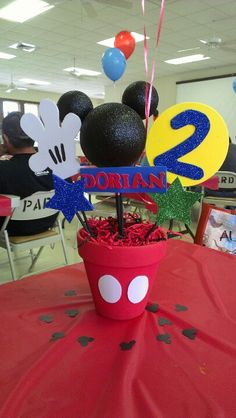 Mickey Mouse center piece for kids birthday party.