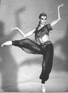 Sylvie Guillem. Such an amazing dancer.