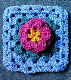 By Helen: Free Crochet Water-Lily Square Pattern.