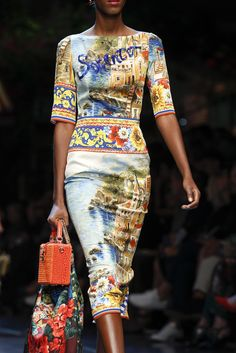 Dolce & Gabbana Spring 2016 Ready-to-Wear Accessories Photos - Vogue Fashion Week, Love Fashion, Runway Fashion, High Fashion, Fashion Show, Fashion Outfits, Womens Fashion, Fashion Design, Milan Fashion
