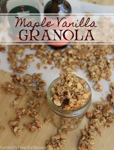 Maple Vanilla Granola This is the BEST crunchy granola recipe. With flavors like vanilla and cinnamon combined with the natural sugar of maple syrup, this makes for the perfect addition to breakfast or to enjoy as a snack. Crunchy Granola, Granola Bars, Granola Cereal, Healthy Homemade Granola, Clean Eating Granola, Best Granola, Homemade Cereal, Cereal Bars, Granola Breakfast