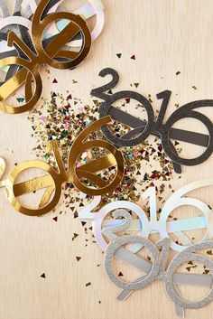 Shop 2016 Party Glasses Set at Urban Outfitters today. We carry all the latest styles, colors and brands for you to choose from right here. Happy New Year 2016, New Years 2016, Happy December, Serpentina, Urban Outfitters, A Little Party, Nouvel An, Time To Celebrate, New Years Eve Party