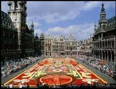 UF in Brussels.. I WANT TO GO :)  www.abroad.ufic.u...