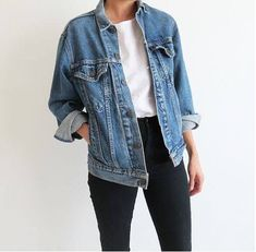 How to wear fall outfits jean jackets 21 Ideas - Jean jacket outfits fall - Mode Outfits, Jean Outfits, Fall Outfits, Casual Outfits, Women's Casual, Cute Jean Jacket Outfits, Basic Outfits, Outfits With Black Jeans, White Outfits