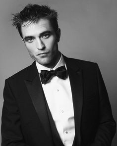If he gets any better looking, we will not be able to take it. Robert Pattinson in Cannes, DiorRob, from Kris Van Assche's IG. Twilight Edward, Twilight Saga, Cannes 2017, Robert Douglas, Edward Cullen, International Film Festival, Cannes Film Festival, Most Beautiful Man, Beautiful People