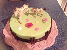 Filly pferde torte kuchendeko pinterest torte for Cars kuchendeko