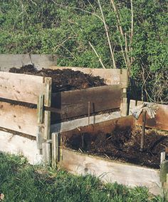 I have used different methods of composting over the years 0 - mostly just a pile - but I like this idea.