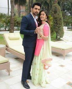 Beauty Tips With Honey, Aditi Sharma, Tashan E Ishq, Photography Couples, Tv Couples, Pre Wedding Photoshoot, Punjabi Suits, Best Couple, Beautiful Actresses