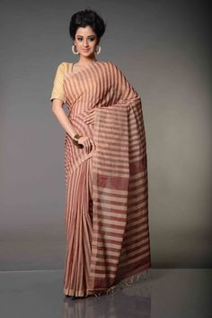 Chanchala Striped Mangalgiri Pure Cotton Saree : A Fantastic interplay of two colors that contrast each other and yet they blend in so well that they require no embellishments to accentuate the beauty of this effervescent Chanchala Striped Mangalgiri Pure Cotton Saree. Woven in pure cotton on both warp and weft like all Mangalgiri cotton sarees are, this Mangalgiri saree is a head turner for sure.