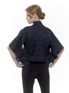 This kimono-inspired jacket was based on McQueen's autumn/winter 2003 collection. downloadable pattern