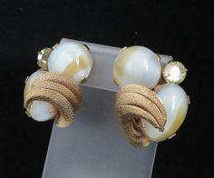 Kramer Glass Rhinestone Gold Tone Vintage Clip-on Earrings