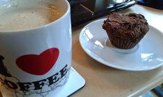 Muffiny czekoladowo-gryczane z powidłami śliwkowymi #muffin #choco #glutenfree #sugarfree #vegan http://muffin-master.blogspot.com/2014/10/muffiny-czekoladowo-gryczane-z-powidami.html