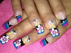 imagenes de uñas decoradas a pinceladas