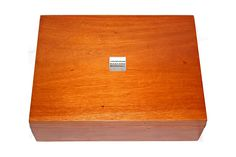 The Harrison Basford Marshall Oxford Jewellery box is an extra large (40 cms x 30 cms x 10 cms / 15.75 inches x 11.81 inches x 3.94 inches) hand-made from the highest quality Mahogany wood. All of the components are solid wood that have been hand-crafted, hand-sanded and stained by our craftsmen using traditional techniques.
