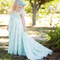 Find More Flower Girl Dresses Information about vestido de daminha Mint Green Lace Flower Girl Dresses Graceful Dressy Dresses for Girls Kids Evening Gowns Birthday Party Dress,High Quality dress circle,China dress strap Suppliers, Cheap dress suits from Lowime Boutique Store on Aliexpress.com