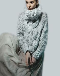 Duck egg sweater with chunky cable knit detail, contemporary chic knitwear // Minty A/W 2014 Knitting Designs, Knitting Projects, Knitting Patterns, Knitting Tutorials, Stitch Patterns, Crochet Patterns, Knitwear Fashion, Knit Fashion, Style Fashion