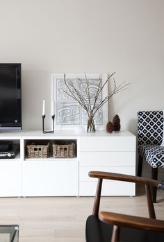 IKEA Besta unit with drawers and door. I love IKEA, all of their pieces are clean, stylish, and contemporary. Decoration Inspiration, Interior Inspiration, Home Living Room, Living Room Decor, Dining Room, White Sideboard, Muebles Living, Decor Room, Home Decor