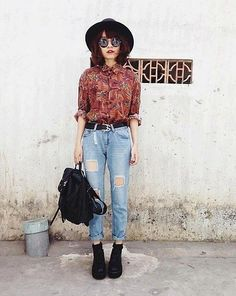 button up, printed, collar, denim, light wash, boyfriend jeans, belt, black, backpack, boots, fall, edgy