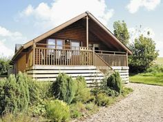 Heather is a lodge at the Smytham Manor Lodges near Bideford in North Devon. Sleeps 6 & has access to a shared outside swimming pool.