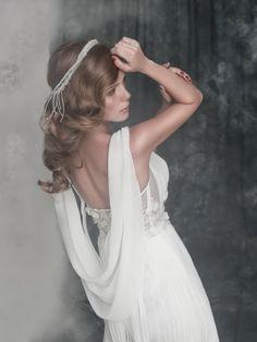 drape back wedding dress / Alena Goretskaya