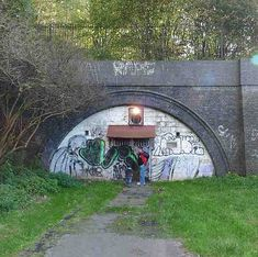 Blocked up railway tunnel, Sneinton Disused Stations, Train Stations, Site Visit, London Underground, Local History, Nottingham, Caves, Abandoned Places, Bridges
