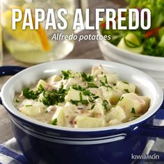 Video de Papas Alfredo Delicious alfredo potatoes perfect to eat as a guanition. Tasty Videos, Food Videos, Mexican Food Recipes, Dinner Recipes, Deli Food, Cooking Recipes, Healthy Recipes, Cooking Grill, Cooking Tools