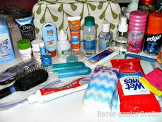 Decor-ganize Crafts: Ready-to-go Toiletry Pack....