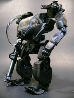 Non-TF: Avatar:Amp-suit Rusty & Military Styles - TFW2005 - The 2005 Boards