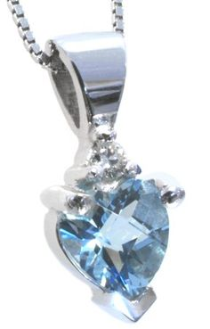 Diamond and aquamarine pendant with 0.02carat total diamond weight and 5mm heart aquamarine in 14k white gold | #mother'sday #gift