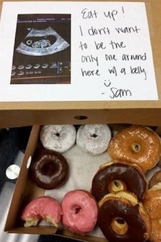 9 Creative Ways to Announce Your Pregnancy at Work
