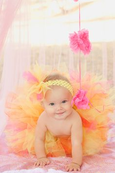 Love the tutu Cute Family Photos, Baby Photos, Rubber Ducky Birthday, 1st Birthday Cake Smash, Toddler Photography, Cake Smash Photos, First Birthday Photos, Photographing Babies, Cute Baby Clothes