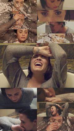 Demi Lovato Lockscreen/Wallpaper