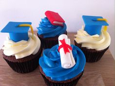 Graduation cupcakes, it would be perfect if they were gold and brown