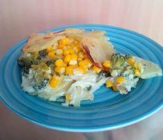 Kytičkový den - zapečené brambory s brokolicí, kukuřicí, cibulí a sojovou smetanou Breakfast, Food, Diet, Morning Coffee, Essen, Meals, Yemek, Eten