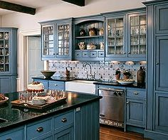 Blue Kitchen Cabinets, Kitchen Cabinet Colors, Painting Kitchen Cabinets, Kitchen Paint, Kitchen Redo, Kitchen Colors, Kitchen Styling, New Kitchen, Kitchen Country