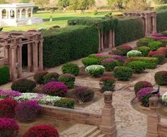 Palace-Garden