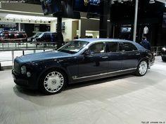 Rolls Royce Limousine, Limousine Car, Rolls Royce Silver Spirit, Bentley Arnage, Bentley Rolls Royce, Bentley Mulsanne, Bmw Classic Cars, Best Luxury Cars, Motorcycles
