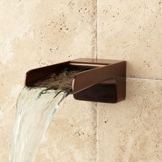 The Jaxson Waterfall Tub Spout delivers a beautiful sight as water cascades into your bathtub. Made of solid brass, the Jaxson is a durable addition to your bath Backyard Pool Landscaping, Swimming Pools Backyard, Patio, Bronze Huilé, Copper Tub, Pool Landscape Design, Garden Design, Water Spout, Les Cascades