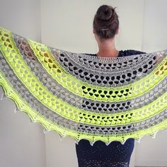 Easy and Cute FREE Crochet Shawl for beginner Ladies - Page 21 of 44 - Beauty Crochet Patterns!