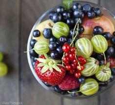 Need a Sugar Fix? Grow These 7 Small-Space Fruits - Photo courtesy iStock/Thinkstock (HobbyFarms.com)